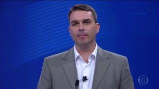 Flávio Bolsonaro depósitou dinheiro que recebeu em negociação de apartamento