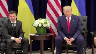 Trump pressionou presidente da Ucrânia a interferir nas eleições americanas, diz denúncia